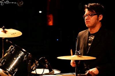 44 02 personajes-bateristas1