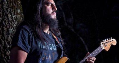 Alfredo García Macano = The Wolf Blues Man
